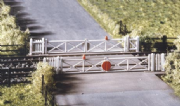 234 Ratio: TRACKSIDE ACCESSORIES  Level Crossing with gates
